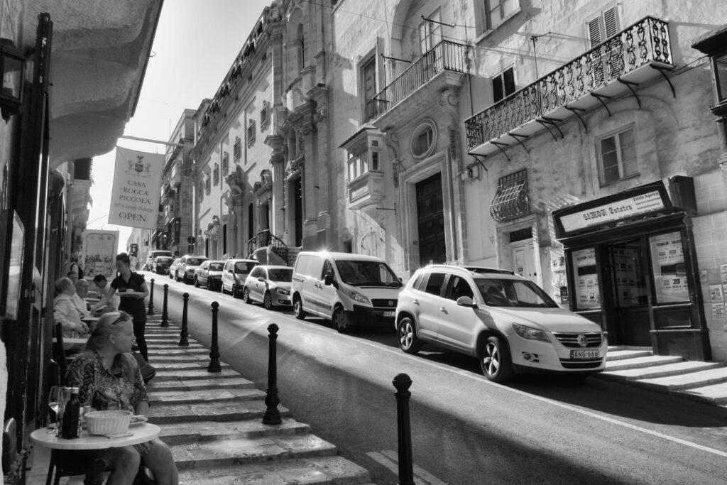 Cars on a Maltese Street