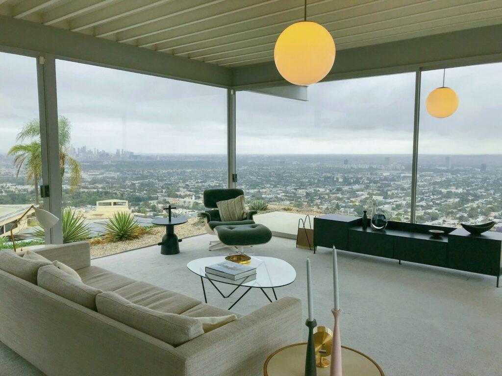 Luxury Penthouse Overlooking the City